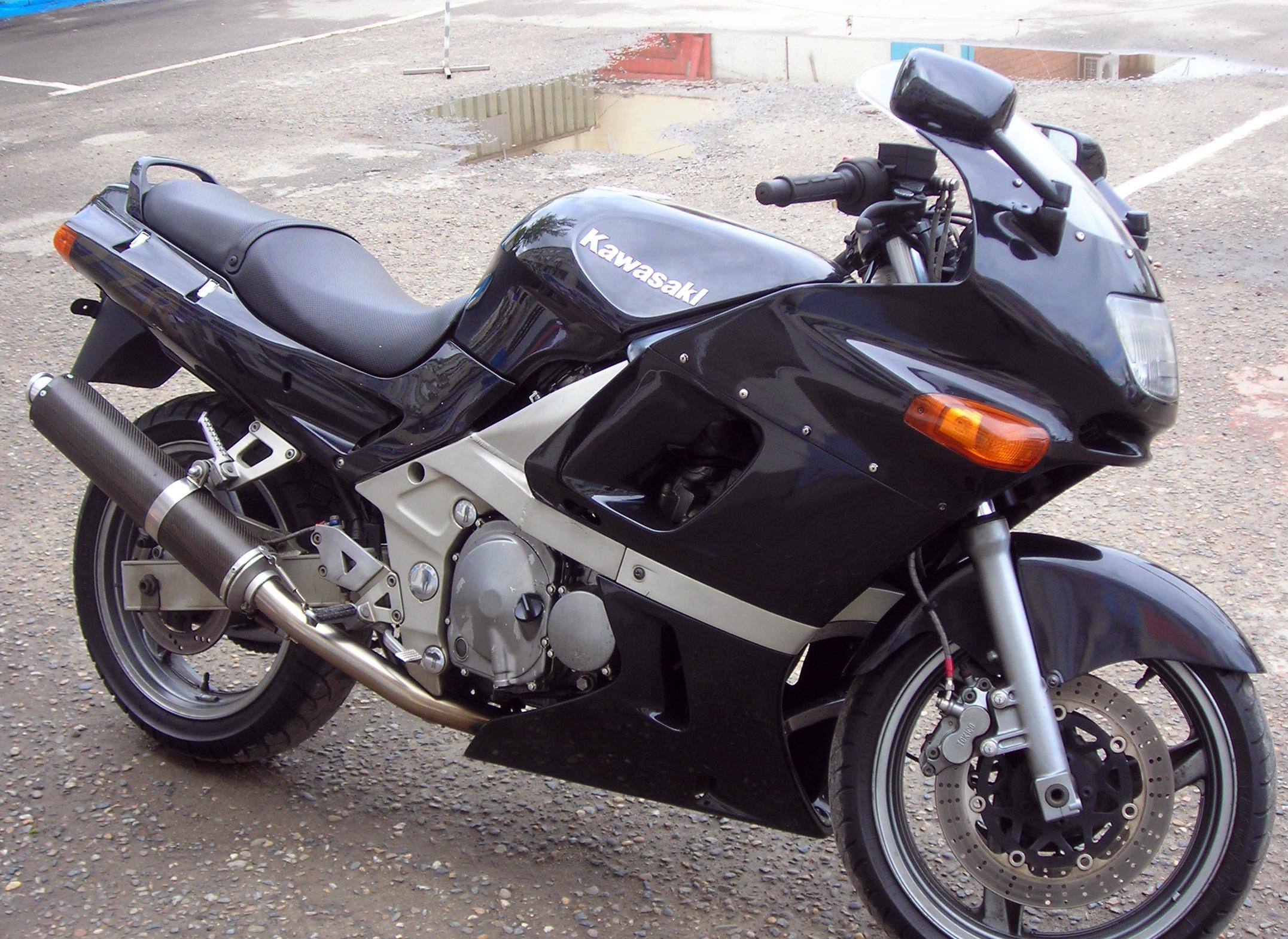 Вы можете приобрести у нас б/у запчасти на эти мотоциклы кавасаки и заказать ремонт.